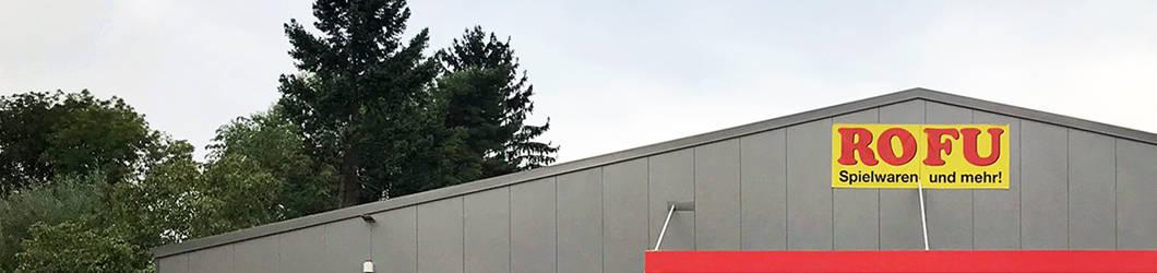 Umbau und energetische Sanierung des ROFU, vorgehängte Metallfassade u. Neuordnung des Parkplatzes | Speyer