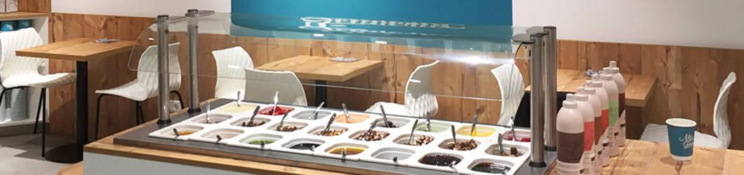 Umbau u. Einrichtung einer SB-Eisdiele in einer Ladenpassage | KL